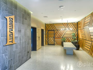 210/148 Logan Road, Woolloongabba, Qld 4102