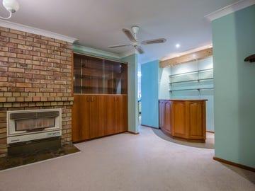7 Parklea Avenue, Croudace Bay, NSW 2280