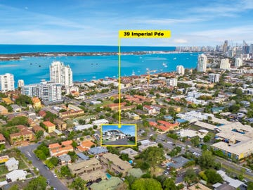 Unit 2/39 Imperial Parade, Labrador, Qld 4215
