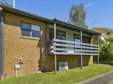 30/31 Fiona Street, Point Clare, NSW 2250