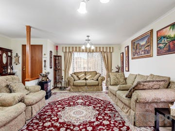 1 Courtney Place, Golden Grove, SA 5125