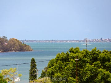 23 Macquarie Road, Fennell Bay, NSW 2283