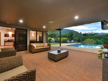 25-27 Crystal Cl, Redlynch, Qld 4870