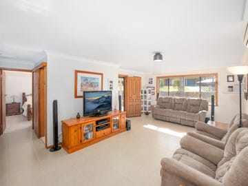 14 Meyers Crescent, Cooranbong, NSW 2265