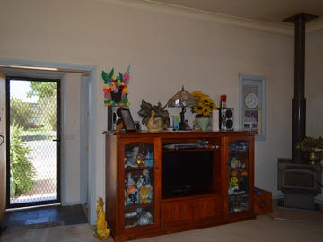 25 Iris Street, Gilgandra, NSW 2827