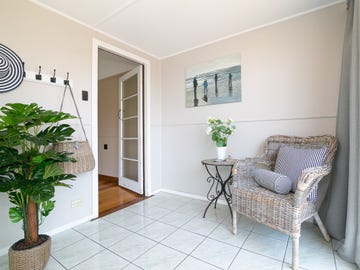 5 Kruger Street, Booval, Qld 4304