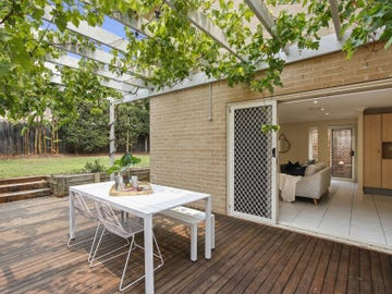 15 Bendoura Crescent, Flinders, NSW 2529