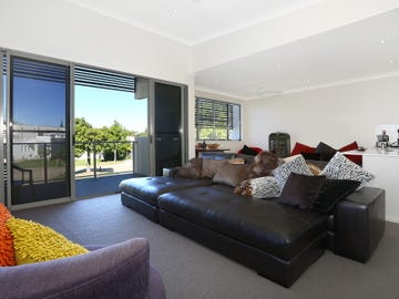 81/5033 Emerald Island Drive, Carrara, Qld 4211 - Townhouse