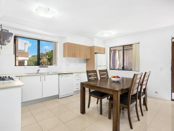 8/41 Cairds Avenue, Bankstown, NSW 2200