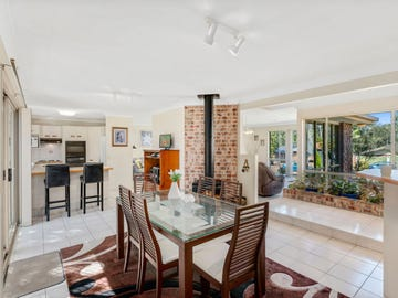 23 Greg Norman Crescent, Parkwood, Qld 4214
