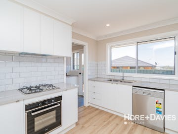 4/26 Quandong Place, Forest Hill, NSW 2651