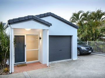 1/12 Eshelby Drive, Cannonvale, Qld 4802