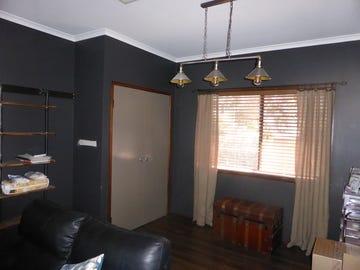 8 Basil, Parkes, NSW 2870
