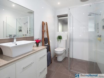 6 Llewellyn Court, Cranbourne North, Vic 3977