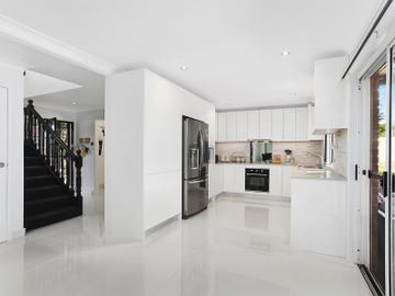 5 Kirrily Place, Bass Hill, NSW 2197