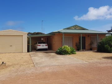 33 & 33A Evans Road, Wallaroo, SA 5556