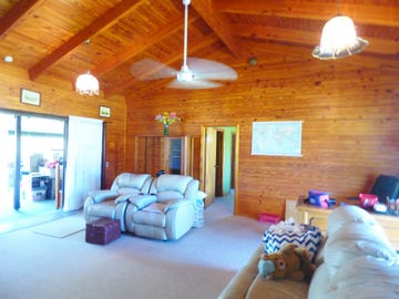 46 Discovery Drive, Cooloola Cove, Qld 4580