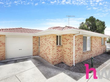 1/2 Glover Street, Newcomb, Vic 3219
