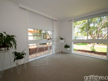 2 Mannell Place, Griffith, NSW 2680