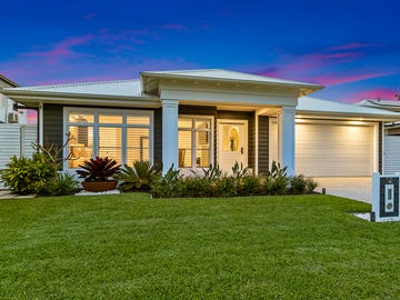 12 Tide Place, Thornlands, Qld 4164