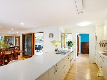 1 Castlewood Close, Kenmore Hills, Qld 4069
