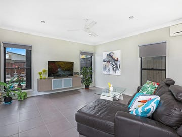 5 Outrigger Street, Wurtulla, Qld 4575