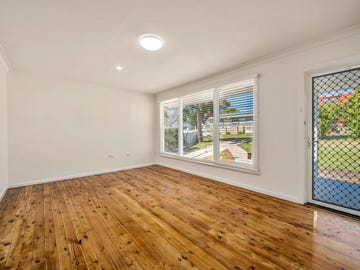 7 Tomaga Parade, Mount Hutton, NSW 2290