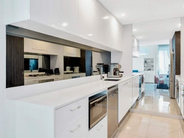 Lot 3106/5 Harbour Side Court, Biggera Waters, Qld 4216