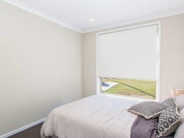 52 Corymbia Street, Croudace Bay, NSW 2280