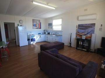 12 Elfrieda Drive, Tumby Bay, SA 5605