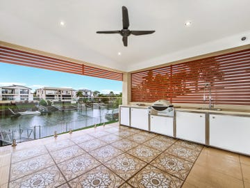 63 southaven dr, Helensvale, Qld 4212