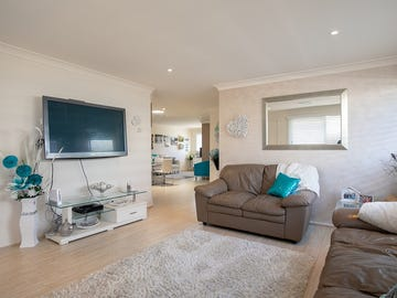 2 Saliena Avenue, Lake Munmorah, NSW 2259