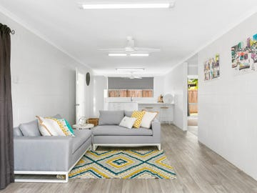 1 & 2/190 McManus Street, Whitfield, Qld 4870