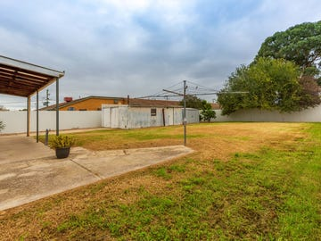 609 Storey St, Lavington, NSW 2641