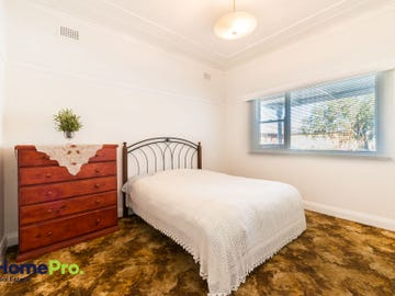 8 Finlayson St, Wollongong, NSW 2500