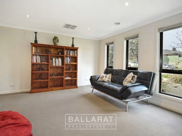 8 Greenside Place, Miners Rest, Vic 3352