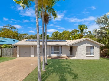 15 Luke Crescent, Bushland Beach, Qld 4818
