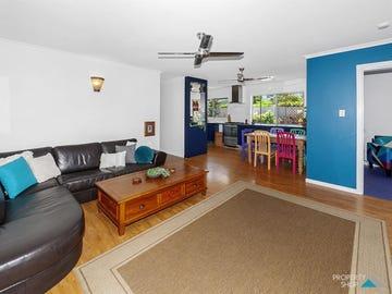 5 Mimosa Street, Holloways Beach, Qld 4878