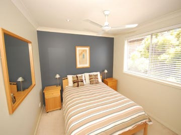 2/7 Smillie Avenue, Terrigal, NSW 2260