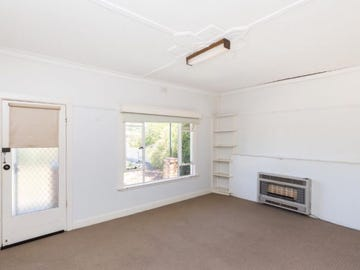 16 Johnson Street, Horsham, Vic 3400