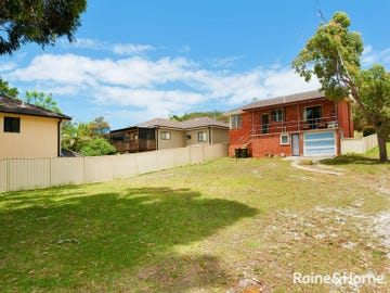 17 Moorooba Cres, Nelson Bay, NSW 2315