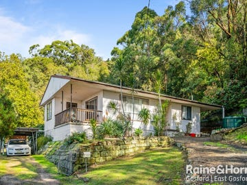 32 Talinga Avenue, Point Clare, NSW 2250