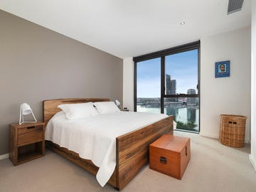 114/8 Waterside Place, Docklands, Vic 3008