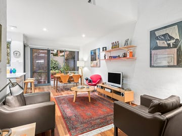 4 Nathan Place, Windsor, Vic 3181