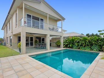 10 Tomkins Esplanade, Birtinya, Qld 4575