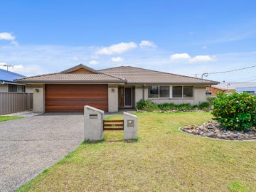44 Newmans Road, Woolgoolga, NSW 2456