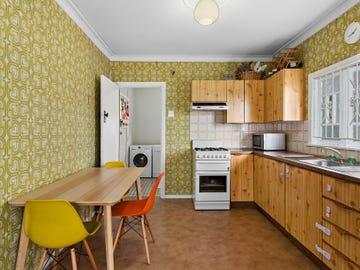 16 Coronation Street, Bardon, Qld 4065