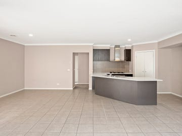 16 Saul Avenue, Berwick, Vic 3806