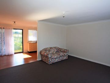 5 Anchorage Close, Sussex Inlet, NSW 2540