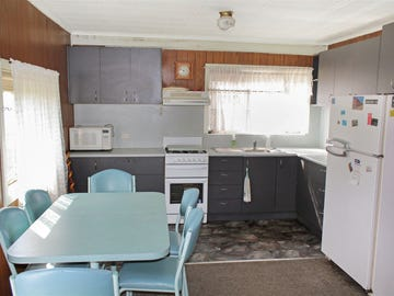 30 Seaward Street, McLoughlins Beach, Vic 3874